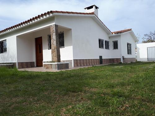 preciosa casa en salinas norte para la venta apta para banco