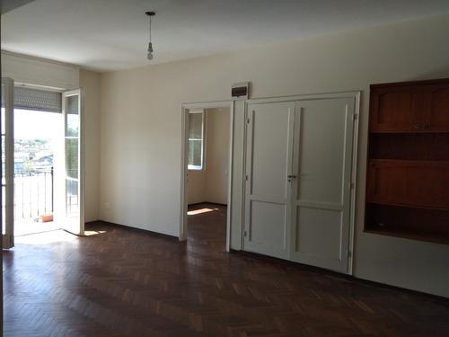 precioso apartamento a nuevo en la aguada.