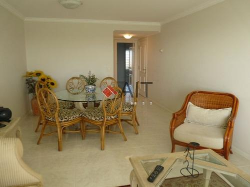 primer nivel sobre playa mansa. 3 dormitorios. impecable. - ref: 3604