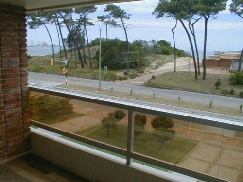 primera linea, piso 2, 126 m2 mas balcón, garaje !!!