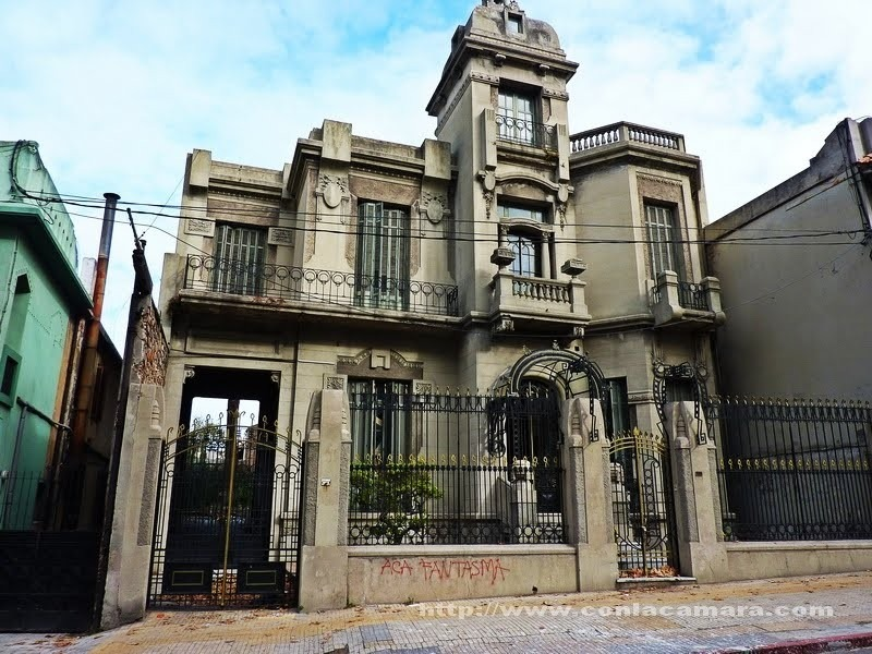 Puerta antigua art nouveau de hierro fundicion u s for Puertas blindadas antigua casa gutierrez