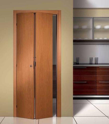 Puerta plegables a medida en madera ejemplo 2 hojas for Hojas plegables