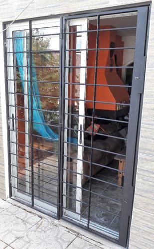 puerta reja 0,9 x 2,0 mts varilla 16 mm 2 cerrojos con marco