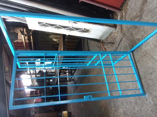 puerta ventana de 150 x 2 en varilla de 14 o caño 19 $ 7 mil