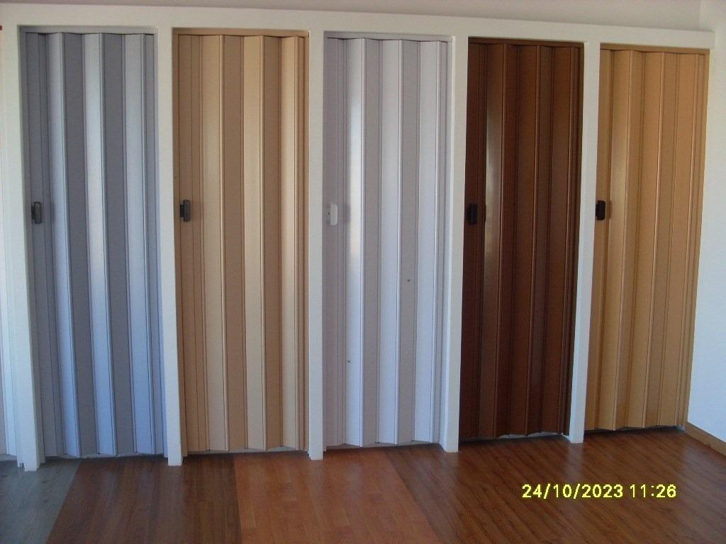 Puertas plegables pvc colocacion en el dia 0 80 x 2 10 mt - Puertas correderas y plegables ...