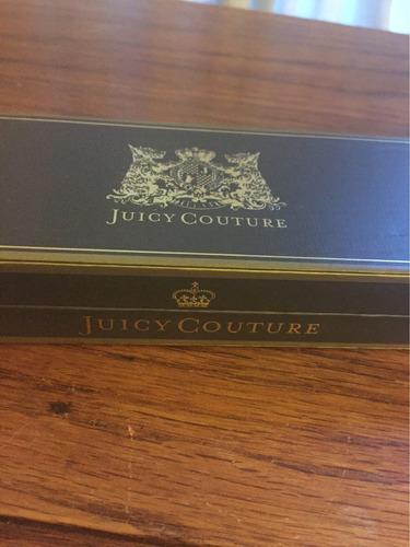 pulsera dorada juicy courure con corazón en caja .