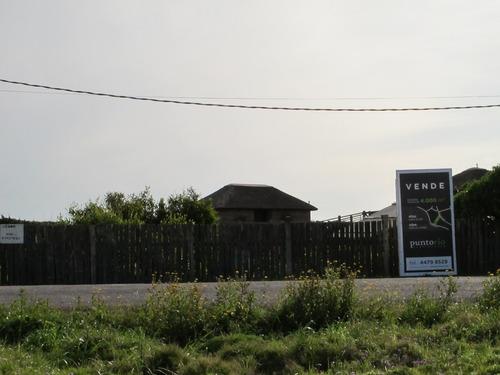 punto río | últimos 4000 m2 edificables  sobre el mar en playa el cabito y los botes