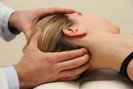 quiropráctico - masajista - médico