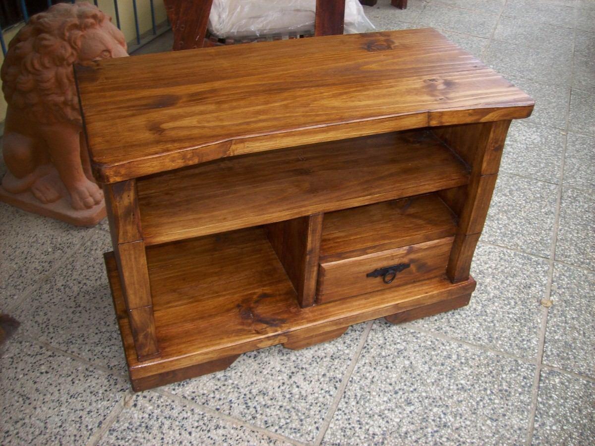 Rack madera maciza r stico c 1 cajon y apliques de hierro for Muebles madera maciza uruguay