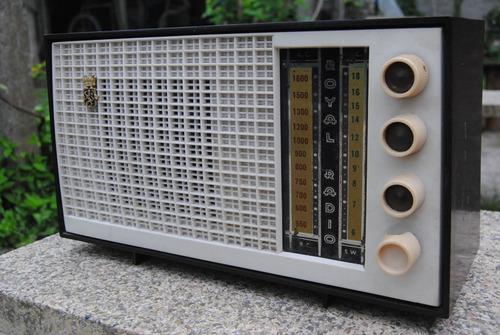 radio válvula baquelita royal antigua vintage