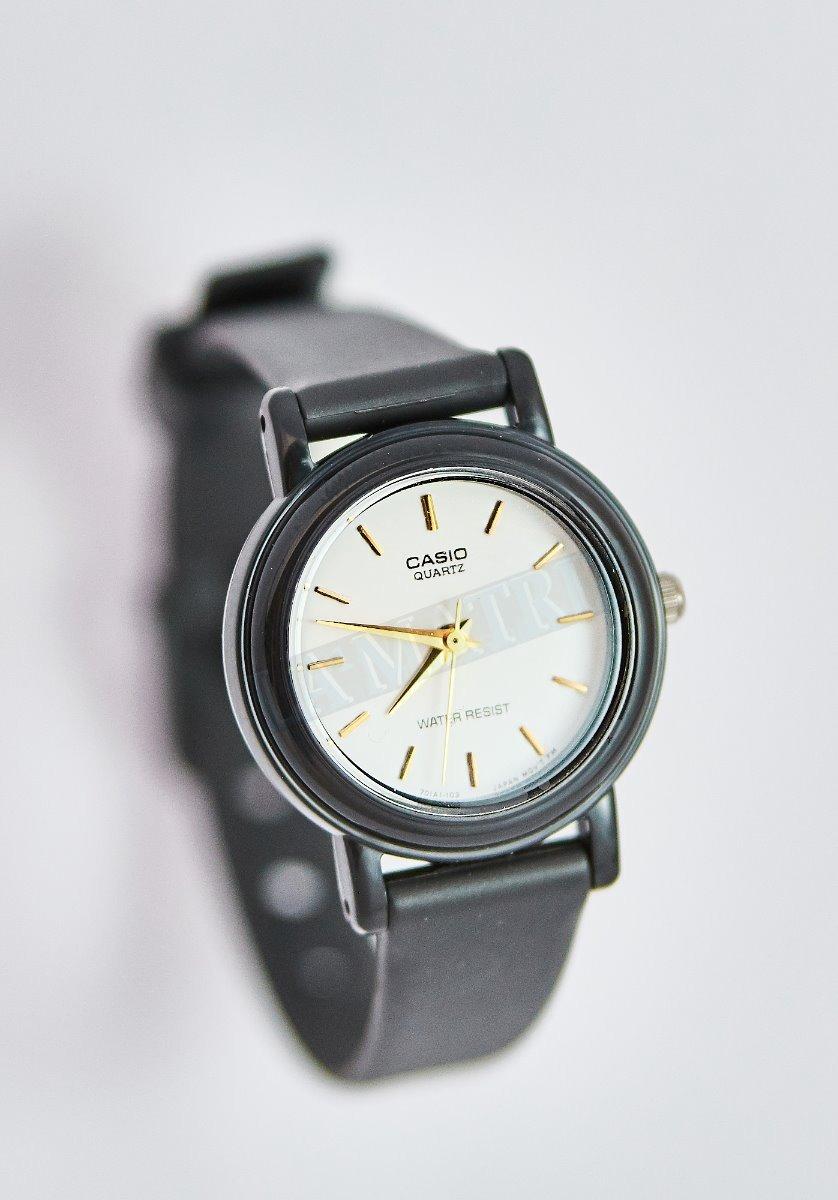 3630fb8f28c6 reloj casio para dama lq-139e7a. Cargando zoom.