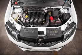 renault sandero rs 2.0 ( 145 hp)
