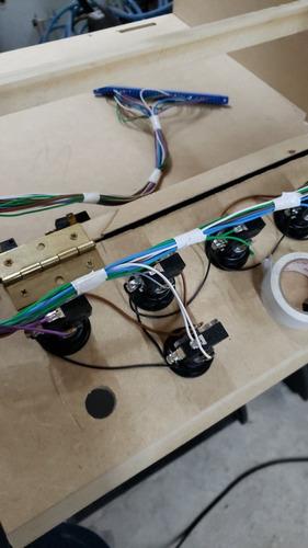 reparación y armado de maquinas electrónicas