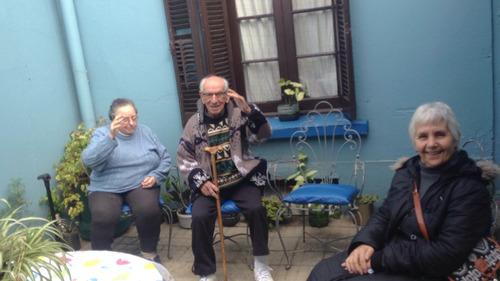 residencial de ancianos, casa de salud, geriátrico.