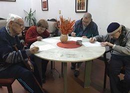 residencial para ancianos, adultos mayores