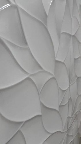 revestimiento ceramica baños cocinas motivo hojas.