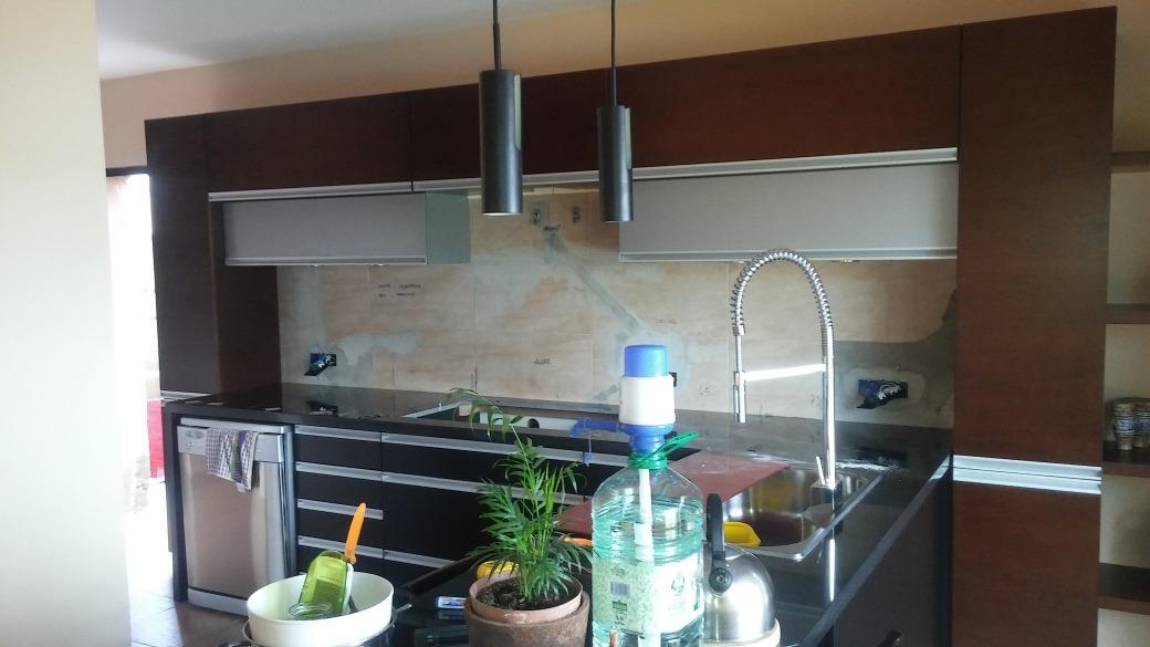 Revestimiento Para Baños Y Cocinas. Cargando Zoom.