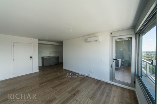 richar uruguay ~ 1 dormitorio en alquiler con garaje