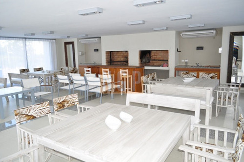 roosevelt, punta del este piso alto con vista al mar! , cómodo y muy luminoso . modenos muebles!   - ref: 11008