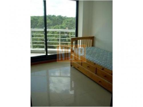 roosevelt, punta del este piso alto con vista al mar! , cómodo y muy luminoso . modenos muebles!   - ref: 6539