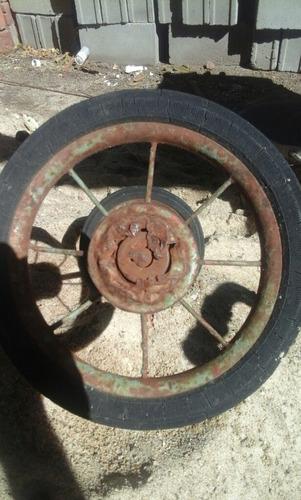 ruedas traseras de triciclo