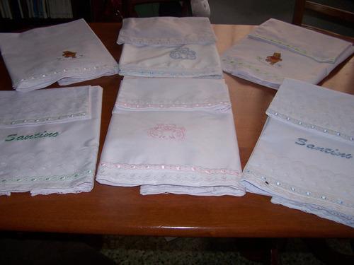 sábanas para cuna bordadas.