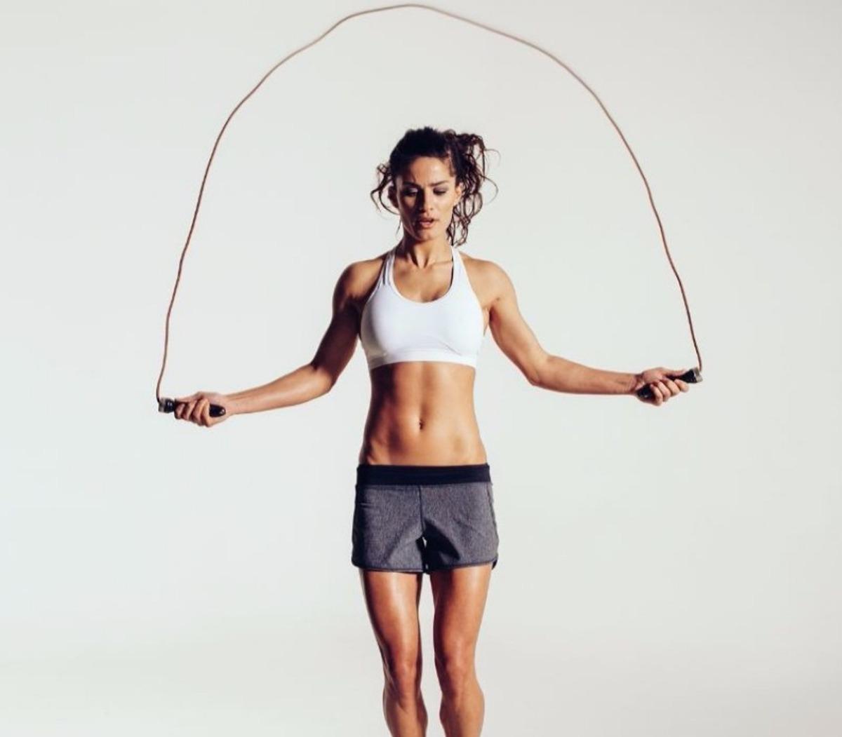 brincando la cuerda adelgazar sin