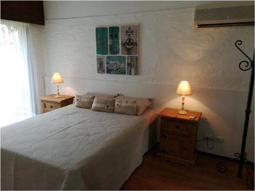 san rafael  chalet de 3 dormitorios + servicio