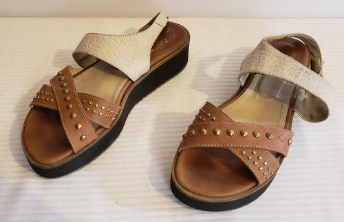 sandalias monaqueda de cuero