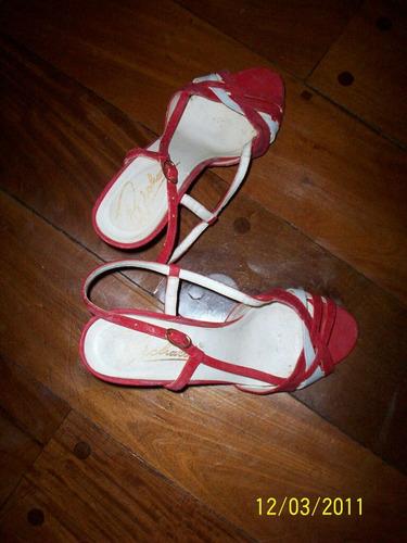 sandalias rojas con blanco talle 38 y plateadas talle 36