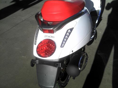 scooter beta tempo 150 deluxe 0km 2018 ahora 12