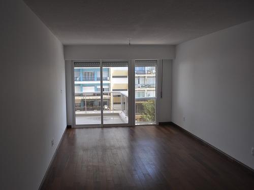 se alquila apartamento 2 dormiotrios en parque batlle