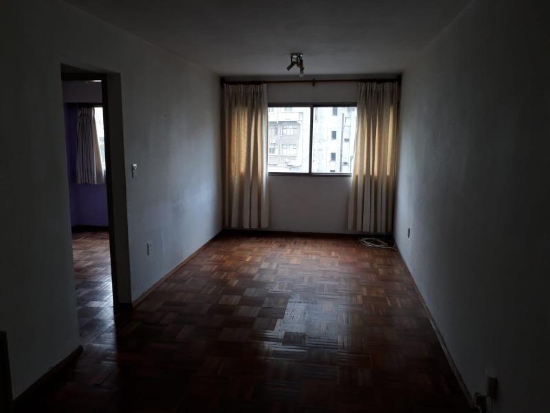 se alquila apartamento en zona de centro