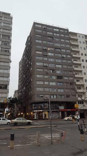 se alquila apartamento en zona de cordon