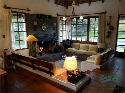 se alquila casa de 4 dormitorios en pinares, punta del este. - ref: 1680