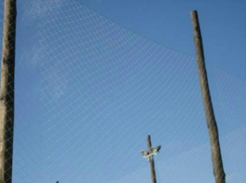 se hacen redes para techos de canchas de  futbol 5
