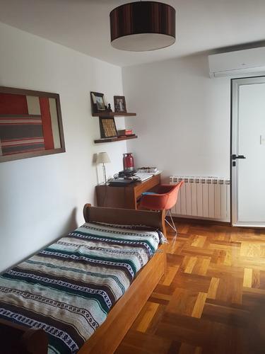 se vende / alquila punta carretas 4 dormitorios y servicio