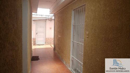 se vende apartamento, av. italia casi comercio(malvin nuevo)