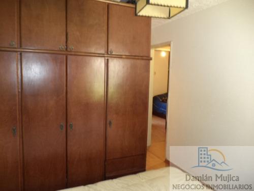 se vende apartamento, planta baja, complejo ch99 (buceo)