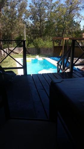 se vende casa en costa azul con piscina