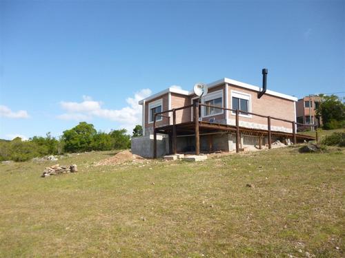 se vende casa en villa serrana-observatorio bajo