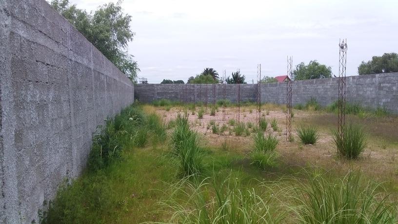 se vende  gran terreno cerrado ciudad d canelones