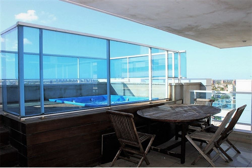 semi penthouse diamantis plaza con vista al mar