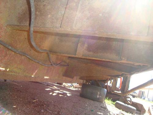 semi remolque porta maquinaria y camion