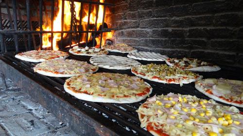 servicio de pizzas y más