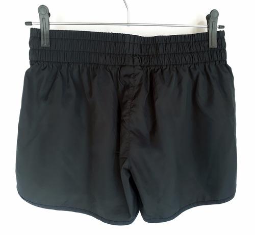 short running de dama con mini bolsillo interno negro