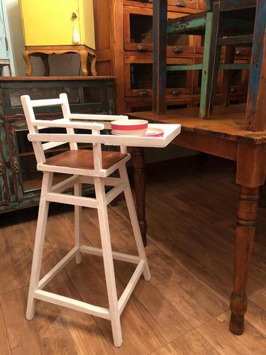 silla de bebé para comer antigua restaurada