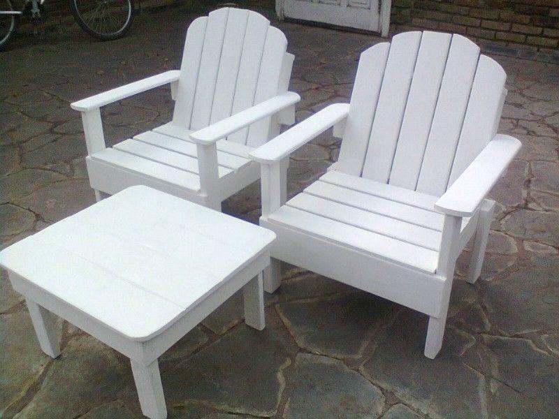 Sillas sillones y mesas de palets pallet en - Sillas con palets ...