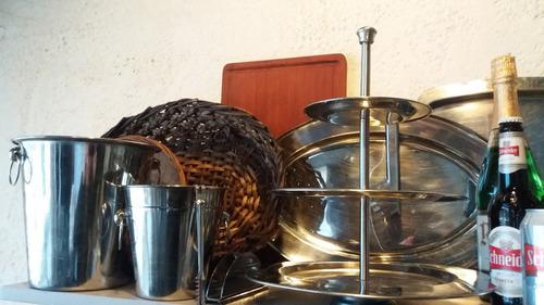 sillas,mesas,livings,copones,estufas,manteleria,vajilla,