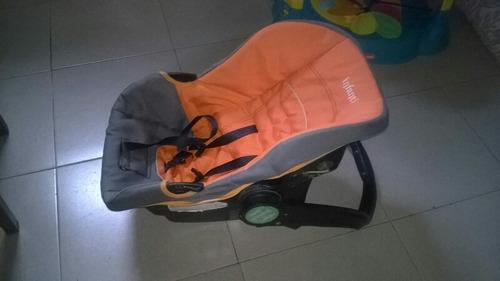 sillita bebé auto
